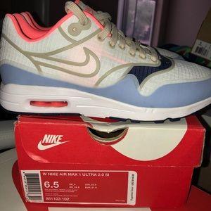 Nike Air Max 1 Ultra 2.0 Si, 6.5, NWB, RARE!!